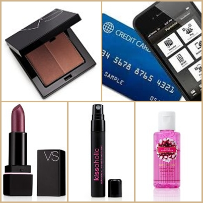 Going Out On A Date? Make Sure Your Purse Contains These Must-Have Items
