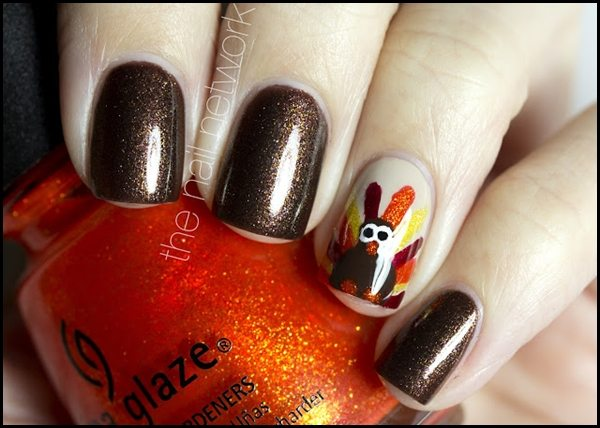 Image from http://nailmagz.com/thanksgiving-nail-art/elegant-thanksgiving-nail-art-picture-gallery/