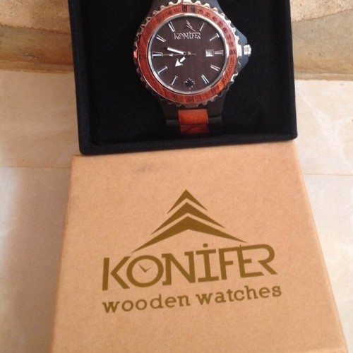 Holiday Gift Guide: It's Time for Wood Fashion – Konifer Woodedn Watch