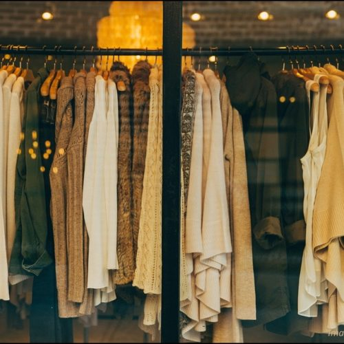 Fashion Possibilities in a Capsule Wardrobe